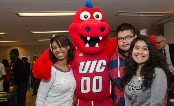 UIC students with Sparky