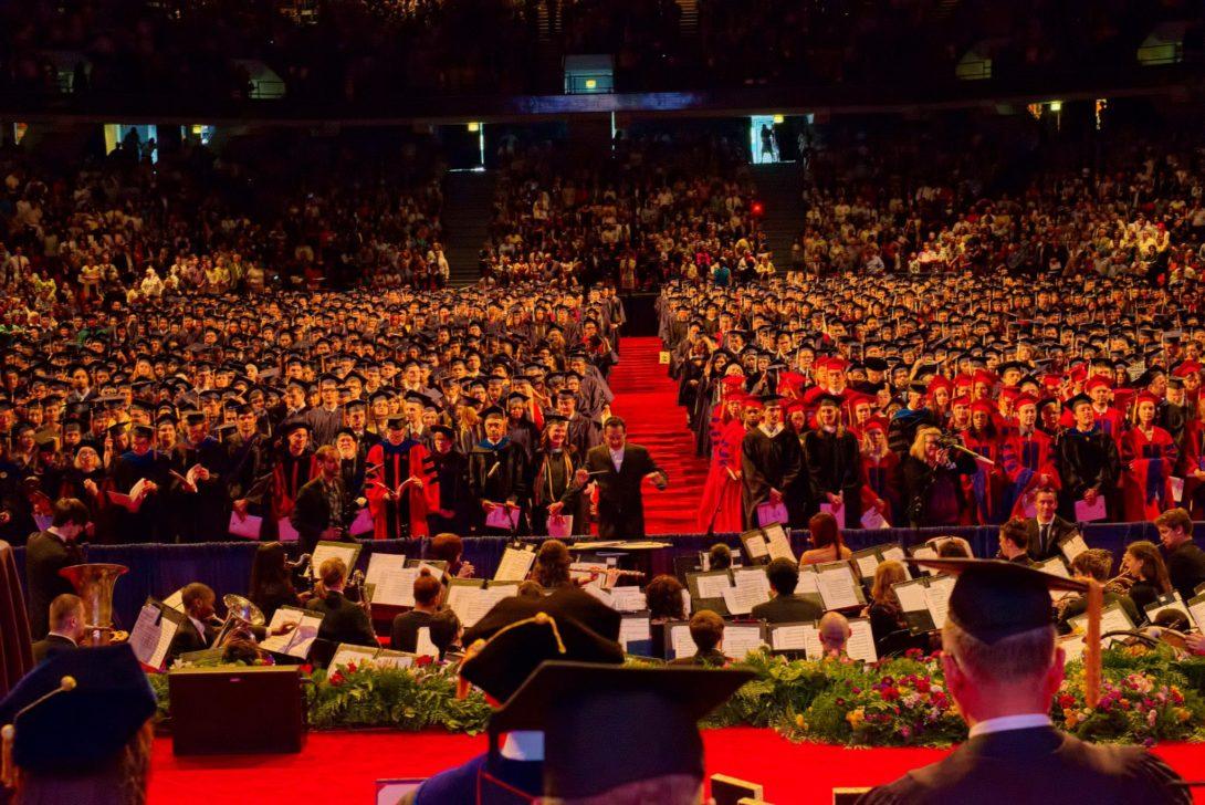 All graduates at LAS commencement ceremony